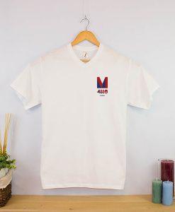Camiseta clásica cuello en v hombre (1)