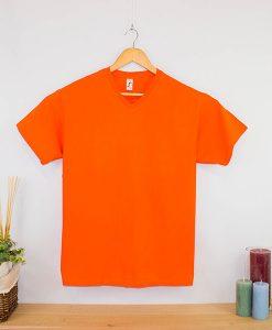 Camiseta clásica cuello en v hombre (2)